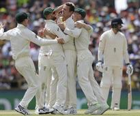 Australia inch towards Ashes triumph as England lose three wickets