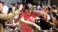 Sealing drive: Delhi Police beat up protesting Lajpat Nagar traders