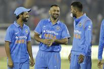 Give youngsters time: Dhoni backs inexperienced middle-order