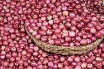 Onion gets costlier in Kolkata, selling at Rs 50/kg
