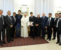 Juventus delegation meets Pope Francis at Vatican