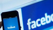 Older users like to snoop on Facebook, claims new study