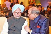 Dr Manmohan Singh attends Ramesh Handa's 70th birthday bash in Delhi
