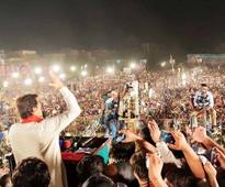 Imran vows to make Nawaz accountable