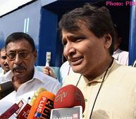 Minister of Railways Shri Suresh Prabhakar Prabhu dedicates Newly Developed Deen Dayalu Coach to the Nation