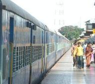 Narrow escape for Vidarbha Express passengers