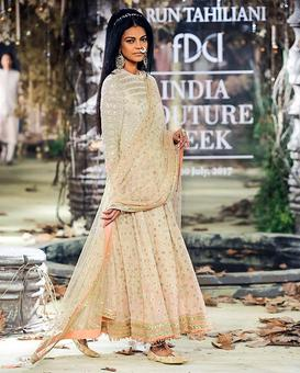 India Couture Week: Tarun Tahiliani makes us believe in fairy tales