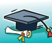 Now, college teachers can also be research guides