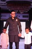 Shree Raj Mahal Jewellers, Anand host 3rd Annual Fashion for a cause