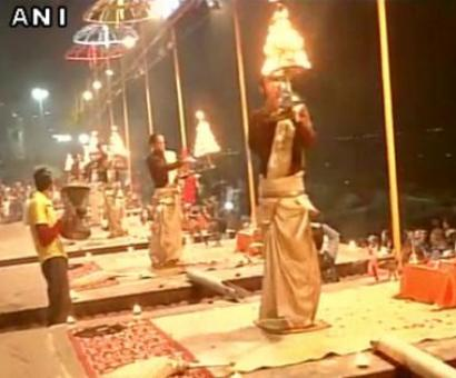 Special prayers at Varanasi ghat for Siachen survivor