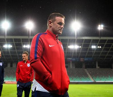 Sports Shorts: Rooney left out of England team for World Cup qualifier