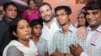 Eye on UP poll, Rahul visits Ghaziabad, talks price rise