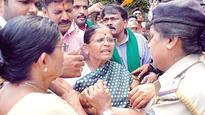 Ravi's Protesting Kin Detained