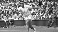 Tennis Hall of Fame member Gardnar Mulloy dies at 102
