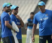 Shastri gets core team; welcomes Zaheer, Dravid