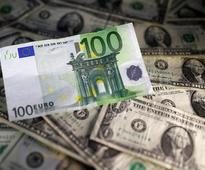 Big banks back off calls for euro-dollar parity