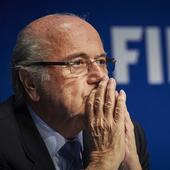 World 2018 boycott possible if Blatter re-elected, says English FA chairman Greg Dyke