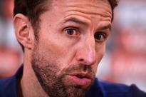 Terrific Henderson shames tame Rooney