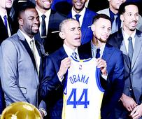 Warriors visit Obama in WH