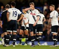 Tottenham lose their heads and title chances