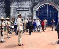 Mangaluru: NHRC chairman H L Dattu visits city, inspects district prison