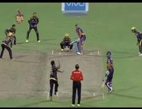 Master strategy! When Gautam Gambhir surrounded MS Dhoni with fielders