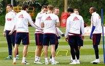 Sorry Man United seek to raise spirits with FA Cup win, says Herrera