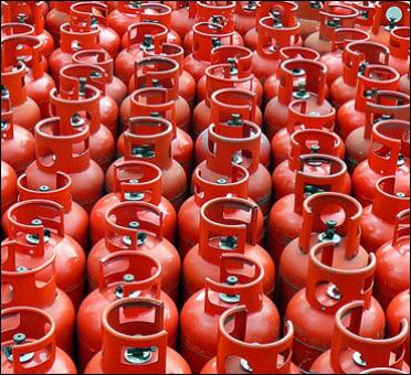 Non-subsidised LPG, jet fuel to be cheaper