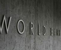 Economist Summers cites India's forex, questions World Bank's lending power