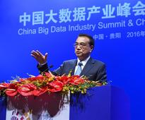 Chinese premier vows to integrate informatization, real economy