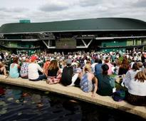 Wimbledon 2017: Andy Murray takes on Dustin Brown as race for spot on Henman Hill begins
