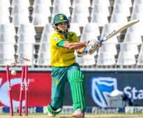Lungi Ngidi can't quite save Proteas in chaotic Wanderers T20