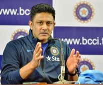 Kumble quits as India coach
