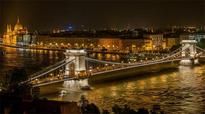 Budapest Local Govt Plans To Renovate Chain Bridge