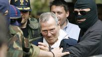 13:16Italian mafia 'boss of bosses' Bernardo Provenzano dies