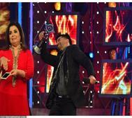 Inside glimpse: Gautam Gulati wins; ex-contestants and family reunites on the grand finale of Bigg Boss 8