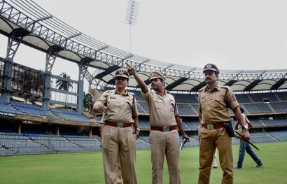 Over 2,500 cops to be deployed during Fadnavis swearing-in