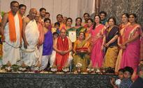 Mumbai: Machuru Hari Bhat couple felicitated on Pooja services