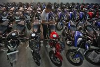 Bajaj Auto, Royal Enfield motorcycle sales rise in April