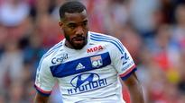 Alexandre Lacazette 'in talks' as Arsenal move for Julian Draxler and Djibril Sidibe