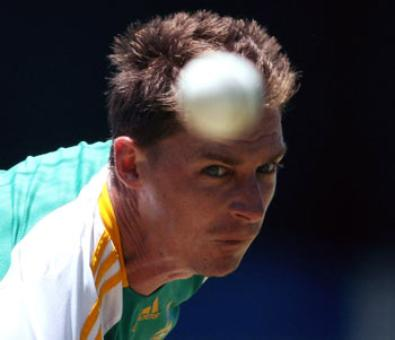 SA pacer Steyn doubtful for India match