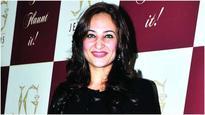 Rakshanda Khan to make her digital debut in 'Ragini MMS Returns'