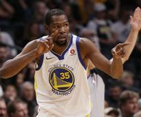 NBA: Kevin Durant, Stephen Curry help Warriors rout Nuggets; Grizzlies defeat Clippers