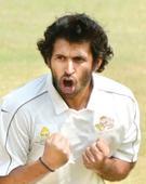 Shubham Ranjane thanks Abhishek Nayar after Mumbai hold Bengal in Ranji Trophy