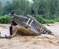 Heavy rains wreak havoc in Manipur, West Bengal