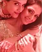 Pic: Sridevi and Asin share a heart-warming moment