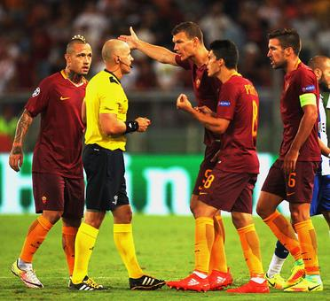 Woeful nine-man Roma miss out on Champions League group stage spot
