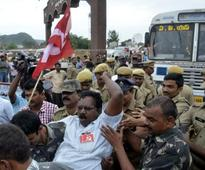 SCS demand: Opposition leaders held for disrupting bus services