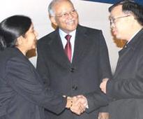 Chinese President Xi Jinping to break protocol, will meet Sushma Swaraj