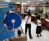 SBI imposes fee for making credit card payments through cheques: All you need to know